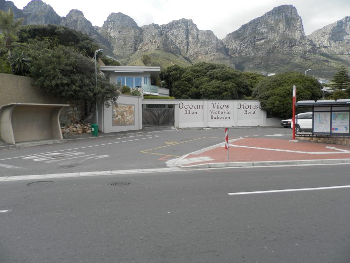 guset-house-in-bakoven-camps-bay